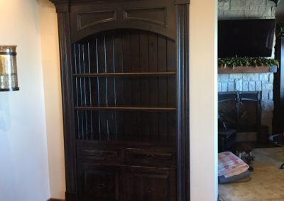 Wood Hutch project